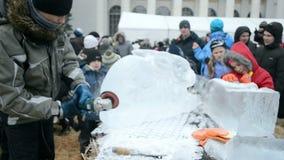 Shrovetide (Maslenitsa) viering in Kiev, de Oekraïne, stock videobeelden