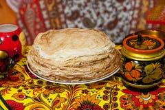 Shrovetide Russische pannekoeken Royalty-vrije Stock Afbeelding