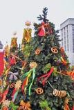 Shrovetidedecors op de boom De viering van Shrovetide in de stadscentrum van Moskou Stock Foto's