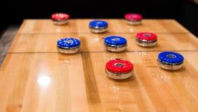 Shuffleboard-Tabelle Stockfotos