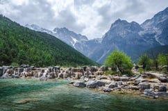 Shui Jade Dragon Snow Mountain do Bai foto de stock royalty free