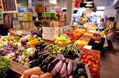 Shuk HaNamal marknad i Tel Aviv port Israel Arkivfoto