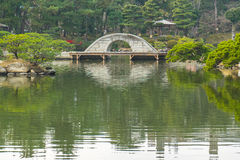 Shukkeien el jardín del estilo japonés en Hiroshima, Japón Fotografía de archivo