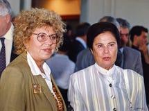 Shulamit Aloni und Ora Namir Stockbilder