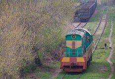 Shunting anseende för diesel- lokomotiv på sidingen Royaltyfri Fotografi