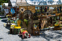 Shupps Grove Dealer Stand. Reamstown, PA - August 7, 2016: Antiques and other collectables offered for sale weekly by dealers at Shupp's Grove Royalty Free Stock Photography