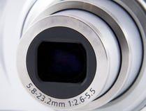 Shuting a macroistruzione del colpo della parte anteriore dell'obiettivo di macchina fotografica Immagini Stock