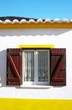 shutters типичное окно Стоковые Изображения