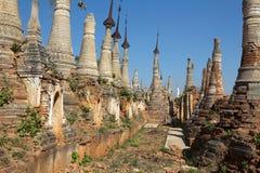 Shwe austerii Dain pagody kompleks zdjęcia royalty free