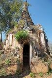 Shwe-Gasthaus-Dain Pagoda-Komplex lizenzfreie stockfotos