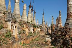 Shwe Inn Dain Pagoda complex Royalty Free Stock Photos
