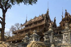 Shwe Nandew kloster - Amarapura- Myanmar Arkivbilder
