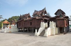 Shwe Yan Pyay Monastery imagens de stock royalty free