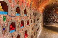 Shwe Yan Pyay Temple, Inle-meer, Shan State, Myanmar royalty-vrije stock afbeelding