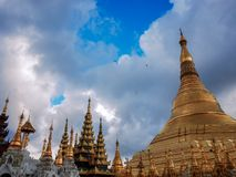 Shwedagon塔仰光缅甸 免版税图库摄影