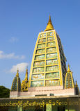 Shwedagon塔内部结构在仰光,我 库存照片
