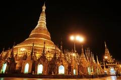 Shwedagon塔在仰光,缅甸,亚洲 免版税库存照片