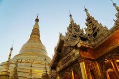 Shwedagon塔在仰光,缅甸 库存照片
