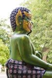 Shwedagon塔绿色邪魔雕象在仰光,我 免版税库存图片