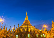 Shwedagon big golden pagoda in evening Royalty Free Stock Photos