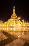 shwedagon för rangon för myanmar nattpagoda Royaltyfri Fotografi
