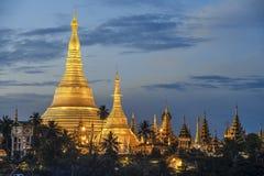Shwedagon pagod i Myanmar Royaltyfria Bilder