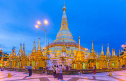 Shwedagon pagoda Royaltyfri Fotografi