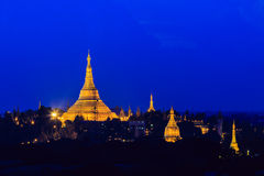 Shwedagon-Pagode auf Myanmar Stockbild