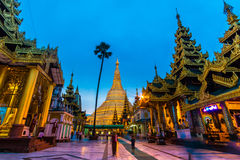 Shwedagon-Pagode auf Myanmar Stockbilder