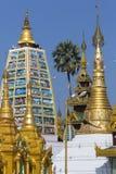 Shwedagon Pagodowy kompleks Yangon, Myanmar - Fotografia Royalty Free