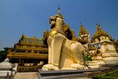 Shwedagon Pagodowy Południowy wejście Zdjęcie Royalty Free
