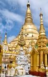Shwedagon Paya, Yangon, Birma stock foto's