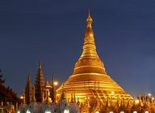 Shwedagon Tempel nachts lizenzfreies stockfoto