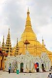 shwedagon yangon pagoda myanmar стоковое фото rf