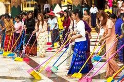 Shwedagonpagode 30 November, 2013 in Yangon. Stock Afbeeldingen