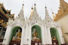Shwedagonpagode in Yangon, Myanmar stock afbeeldingen