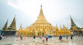 Shwedagonpagode in Yangon, Myanmar stock afbeelding