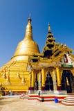 Shwemawdaw pagod. Bago. Myanmar. Arkivfoton