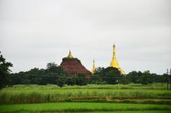Shwemawdaw Paya塔是位于Bago的stupa,缅甸 免版税库存照片