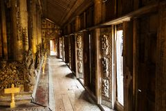 Shwenandaw drewniany monaster, Myanmar Obrazy Stock