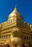 Shwezigon塔,在缅甸(Burmar)的Bagan 免版税图库摄影