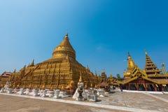Shwezigon pagod royaltyfri fotografi