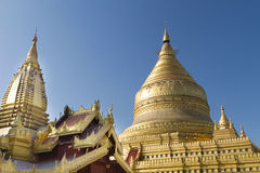 Shwezigon pagod, Bagan, Myanmar (Burman) Royaltyfri Foto