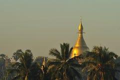 Shwezigon pagoda w Rangoon, Myanmar obrazy royalty free