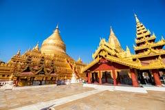 Shwezigon Paya, Bagan, Myanmar fotografia stock libera da diritti