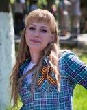 Shymkent KASAKHSTAN - Maj 9, 2017: Odödligt regemente Folk festivaler av folk Festmåltiden av segern av det rött arkivbild