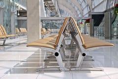 Sièges d'aéroport dans le refuge Images libres de droits