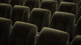 Sièges dans un théâtre clips vidéos