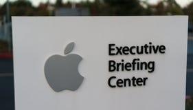 Sièges sociaux d'Apple à la boucle infinie à Cupertino Photo libre de droits