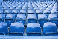Sièges vides au stade de football Photo libre de droits